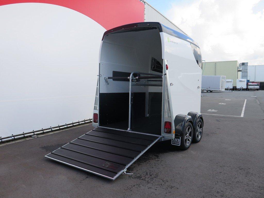 Bucker Careliner M poly 2 paards paardentrailer Aanhangwagens XXL West Brabant 4.0 oploopklep