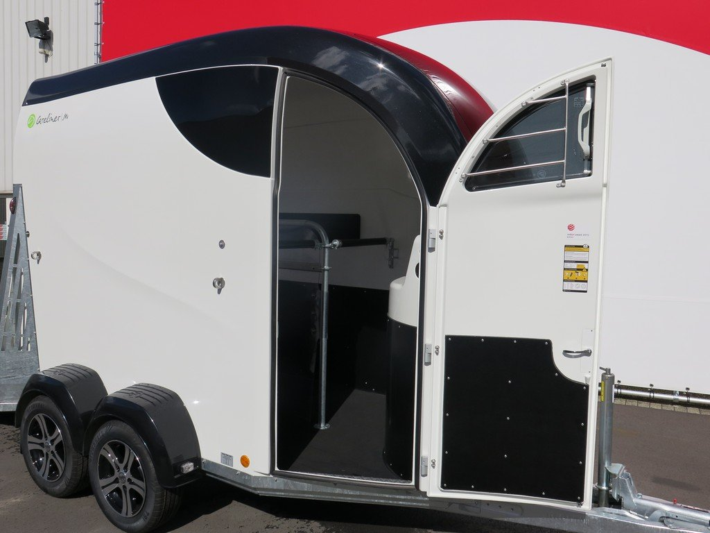 Bucker Careliner M poly 2 paards paardentrailer Aanhangwagens XXL West Brabant 4.0 verzorgingsdeur Aanhangwagens XXL West Brabant