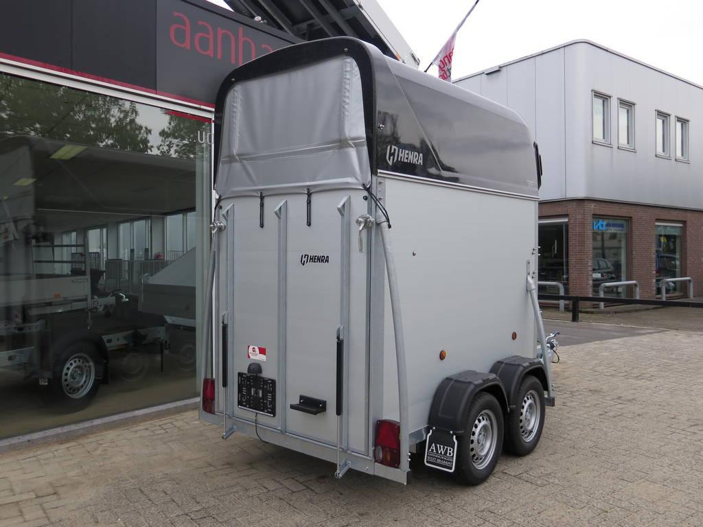Henra alu 1,5 paards trailer paardentrailers Aanhangwagens XXL West Brabant achterkant