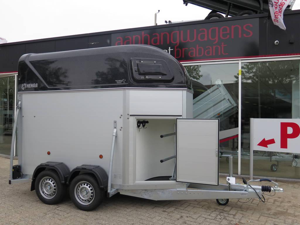 Henra alu 1,5 paards trailer paardentrailers Aanhangwagens XXL West Brabant zijkant zadelkamer