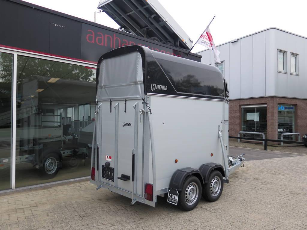 Henra alu 1,5 paards trailer paardentrailers Aanhangwagens XXL West Brabant zijkant