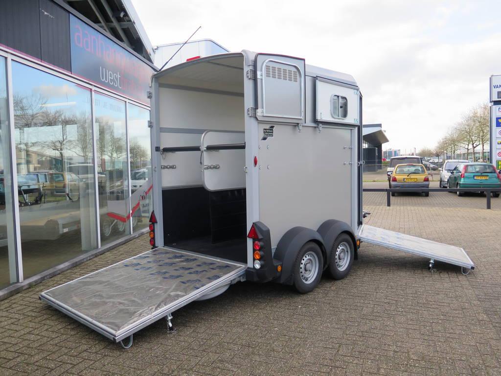 Ifor Williams HB506 2 paards trailer paardentrailers Aanhangwagens XXL West Brabant geopend Aanhangwagens XXL West Brabant