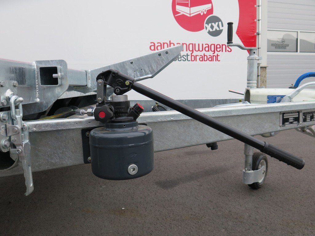 Ifor Williams autotransporter 510x230cm 3500kg Aanhangwagens XXL West Brabant 2.0 handpomp Aanhangwagens XXL West Brabant