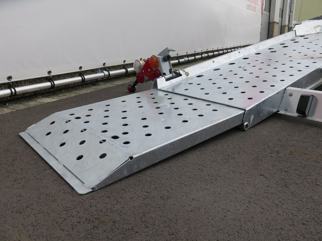 Ifor Williams autotransporter 510x230cm 3500kg Aanhangwagens XXL West Brabant 2.0 rijplaten uittrekbaar Aanhangwagens XXL West Brabant