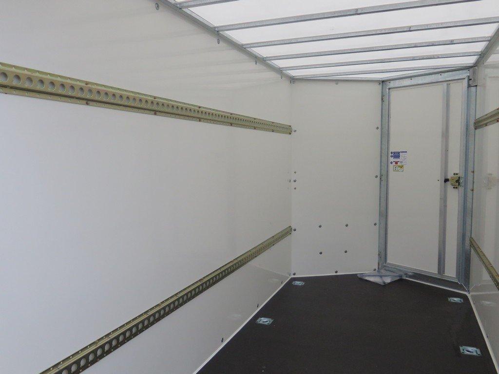 Ifor Williams gesloten aanhanger 303x147x183cm 2700kg Aanhangwagens XXL West Brabant 2.0 binnenkant Aanhangwagens XXL West Brabant