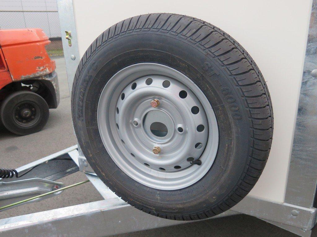 Ifor Williams gesloten aanhanger 303x147x183cm 2700kg Aanhangwagens XXL West Brabant 2.0 reservewiel Aanhangwagens XXL West Brabant