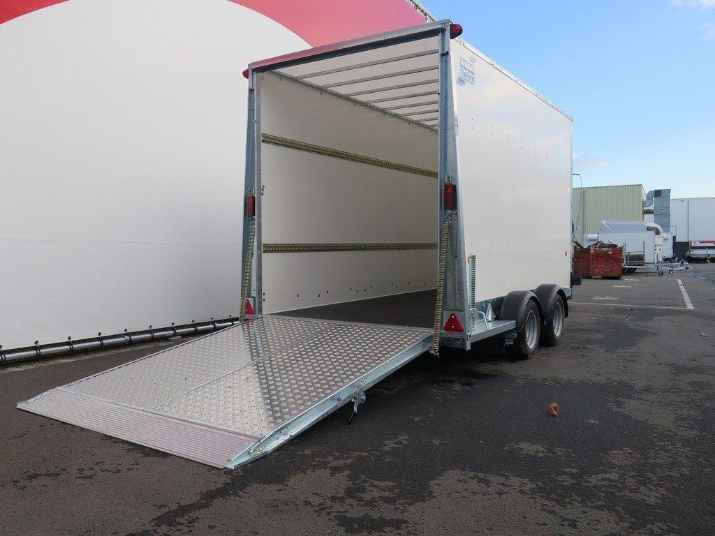 Ifor Williams gesloten aanhanger 364x173x214cm 3500kg Aanhangwagens XXL West Brabant 2.0 oprijklep