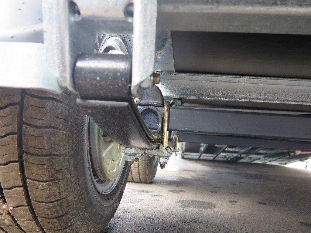 Ifor Williams gesloten aanhanger 364x173x214cm 3500kg Aanhangwagens XXL West Brabant 2.0 veersysteem