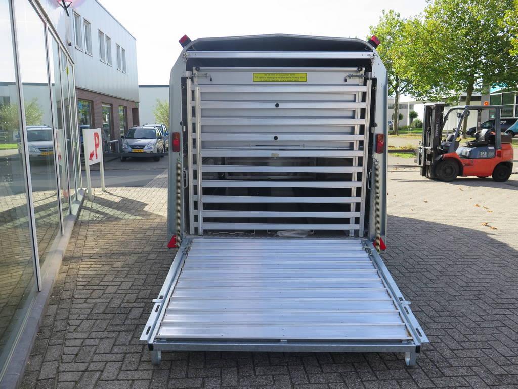 ifor-williams-veetrailer-427x178x183cm-veetrailers-aanhangwagens-xxl-west-brabant-achter-hek-dicht-2-0