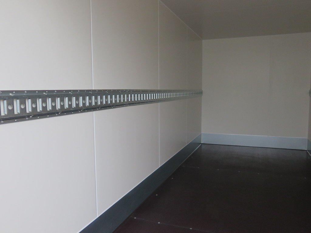 Proline gesloten aanhanger 425x175x190cm 2600kg Aanhangwagens XXL West Brabant binnenkant