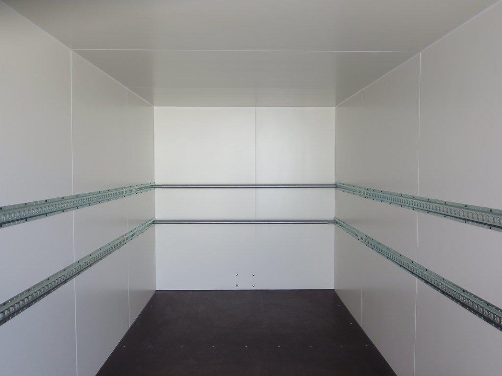Proline gesloten aanhanger 425x200x210cm 2600kg