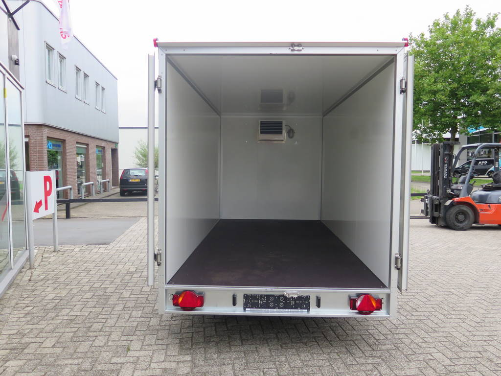 Proline koelaanhanger 400x175x180cm 2500kg Proline koelaanhanger 400x175x180cm koelaanhangwagens Aanhangwagens XXL West Brabant achterkant open 2.0