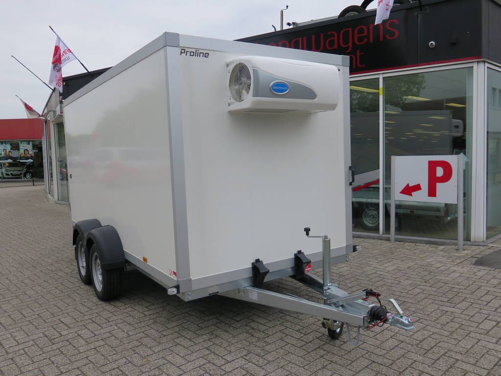Proline koelaanhanger 400x175x180cm 2500kg Proline koelaanhanger 400x175x180cm koelaanhangwagens Aanhangwagens XXL West Brabant voorkant 2.0