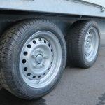 Proline plateauwagen 351x185cm 2700kg verlaagd Aanhangwagens XXL West Brabant 2.0 banden