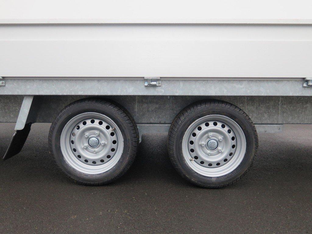 Proline plateauwagen 401x185cm 2700kg verlaagd Aanhangwagens XXL West Brabant 3.0 tandemas