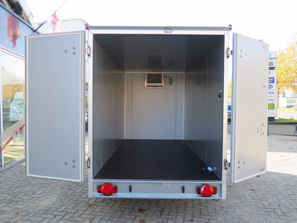 Proline vriesaanhanger 350x160x180cm vriesaanhangwagens Aanhangwagens XXL West Brabant laadruimte