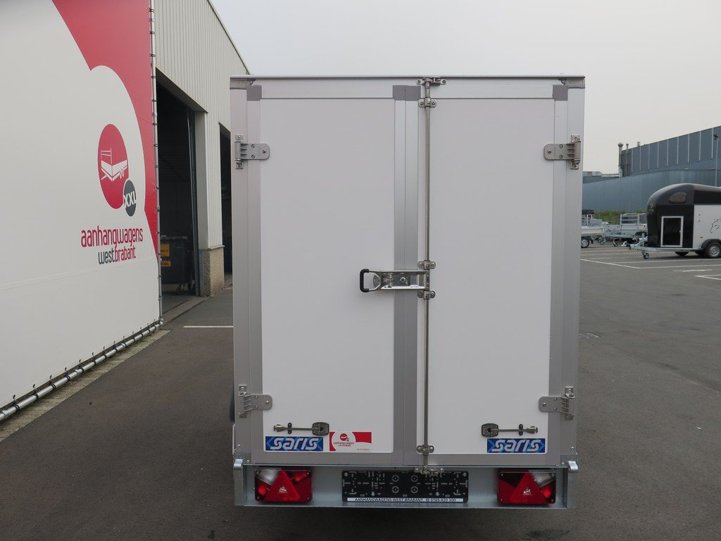 Saris gesloten aanhanger 256x134x150cm 1350kg Aanhangwagens XXL West Brabant 2.0 achter dicht Aanhangwagens XXL West Brabant