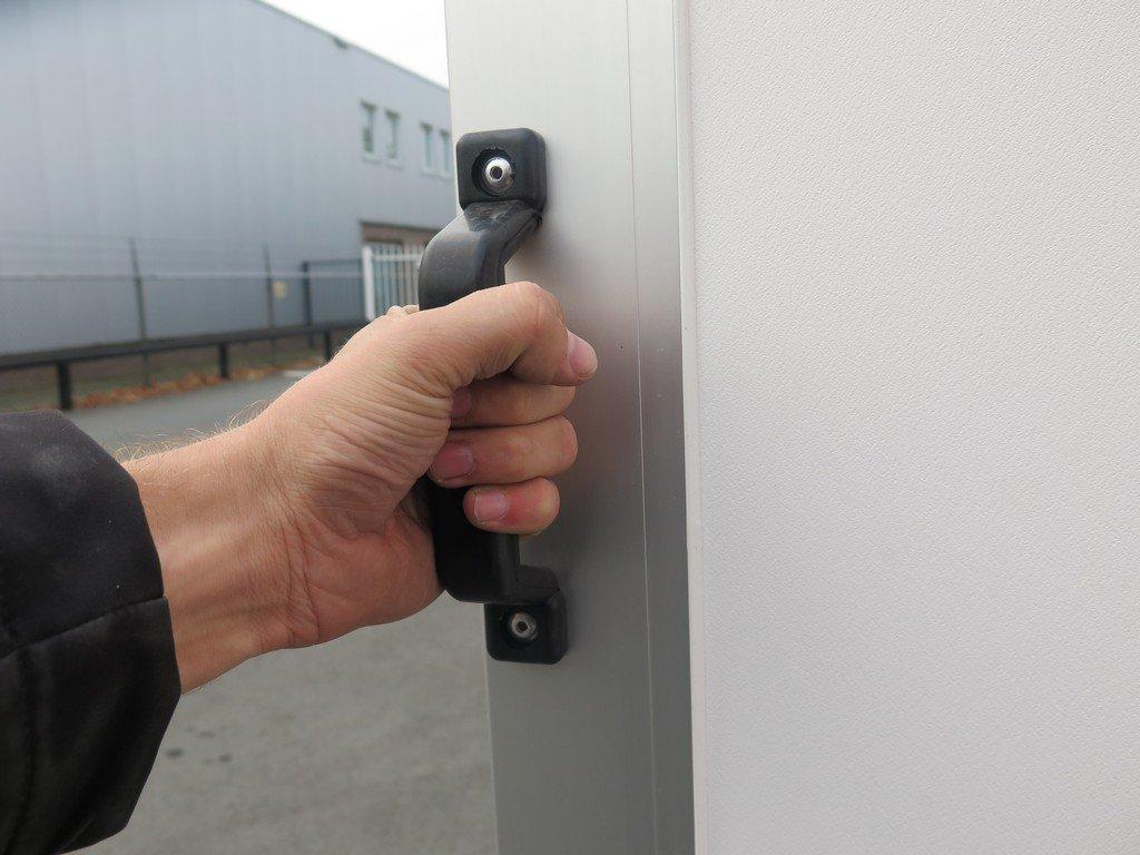 Saris gesloten aanhanger 256x134x150cm 1350kg Aanhangwagens XXL West Brabant 2.0 handvat Aanhangwagens XXL West Brabant