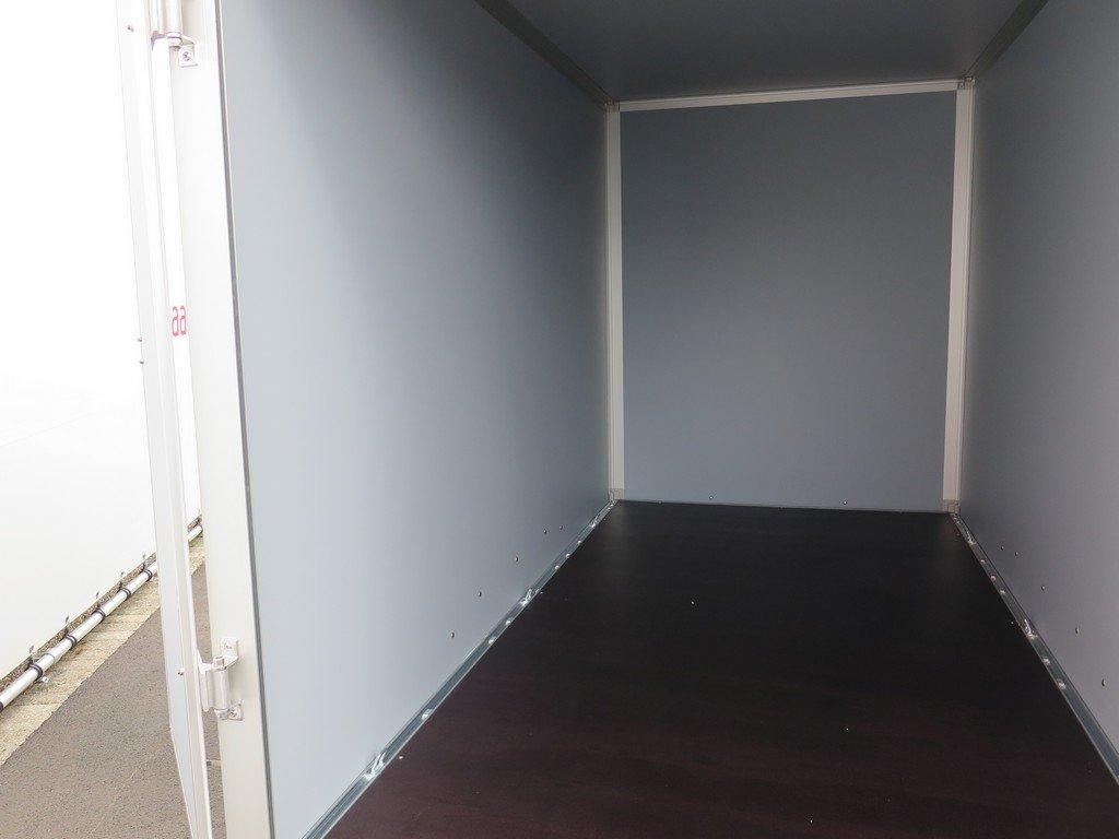 Saris gesloten aanhanger 306x154x180cm 2000kg Aanhangwagens XXL West Brabant 2.0 binnenkant