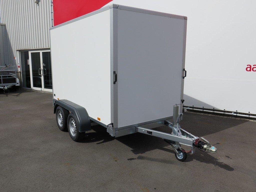 Saris gesloten aanhanger 306x154x180cm 2000kg Aanhangwagens XXL West Brabant 2.0 voorkant
