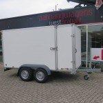 Saris gesloten aanhanger 356x169x180cm 2700kg Saris gesloten aanhanger 356x169x180cm 2700kg Aanhangwagens XXL West Brabant 2.0 hoofd