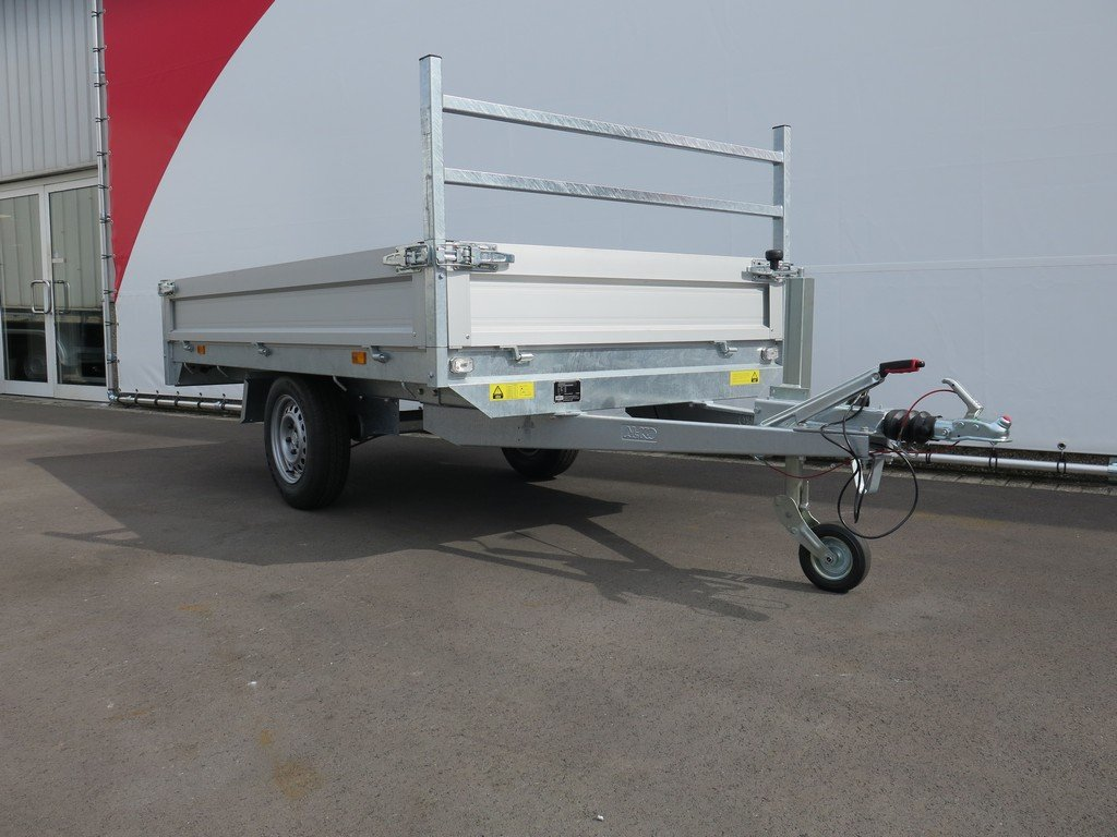 Saris plateauwagen 270x150cm 1350kg Aanhangwagens XXL West Brabant 3.0 schuin voor