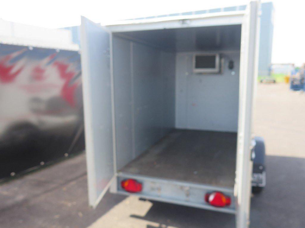 Verhuur 3A. 750kg koelwagen 250x130x150cm Aanhangwagens XXL West Brabant 2.0 achter open