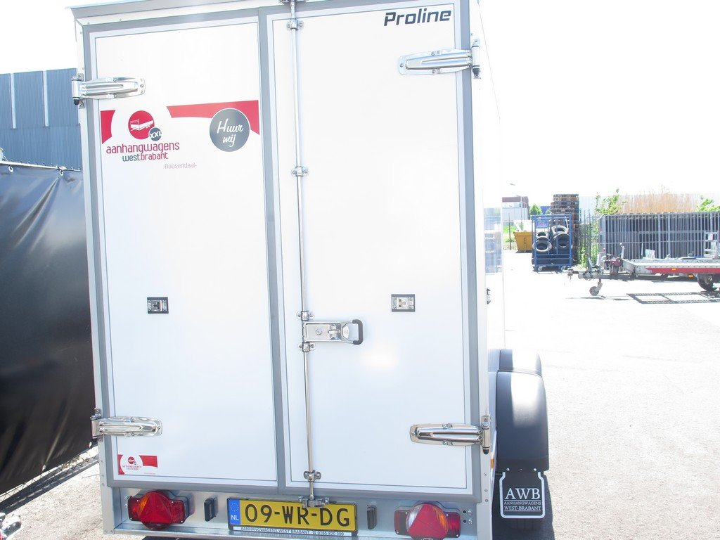 Verhuur 8. 8m3 koelwagen 300x146x180cm Aanhangwagens XXL West Brabant achter dicht