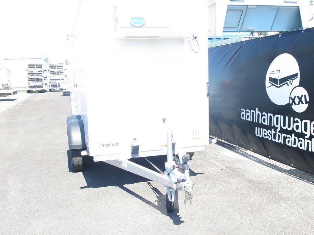 Verhuur 8. 8m3 koelwagen 300x146x180cm Aanhangwagens XXL West Brabant voorkant
