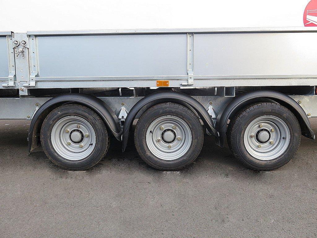 Ifor Williams plateauwagen 547x225cm 3500kg tridemas