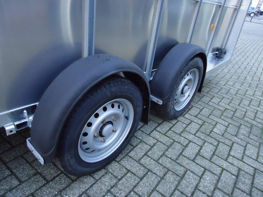 Ifor Williams veetrailer 427x178x213cm veetrailers Aanhangwagens XXL West Brabant dubbele as