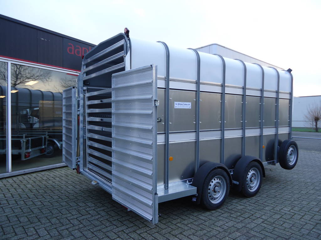 Ifor Williams veetrailer 427x178x213cm veetrailers Aanhangwagens XXL West Brabant zijkant
