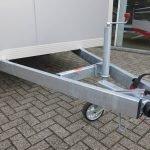 proline-gesloten-401x175x200cm-2500kg-gesloten-aanhangwagens-aanhangwagens-xxl-west-brabant-chassis-2-0 Aanhangwagens XXL West Brabant