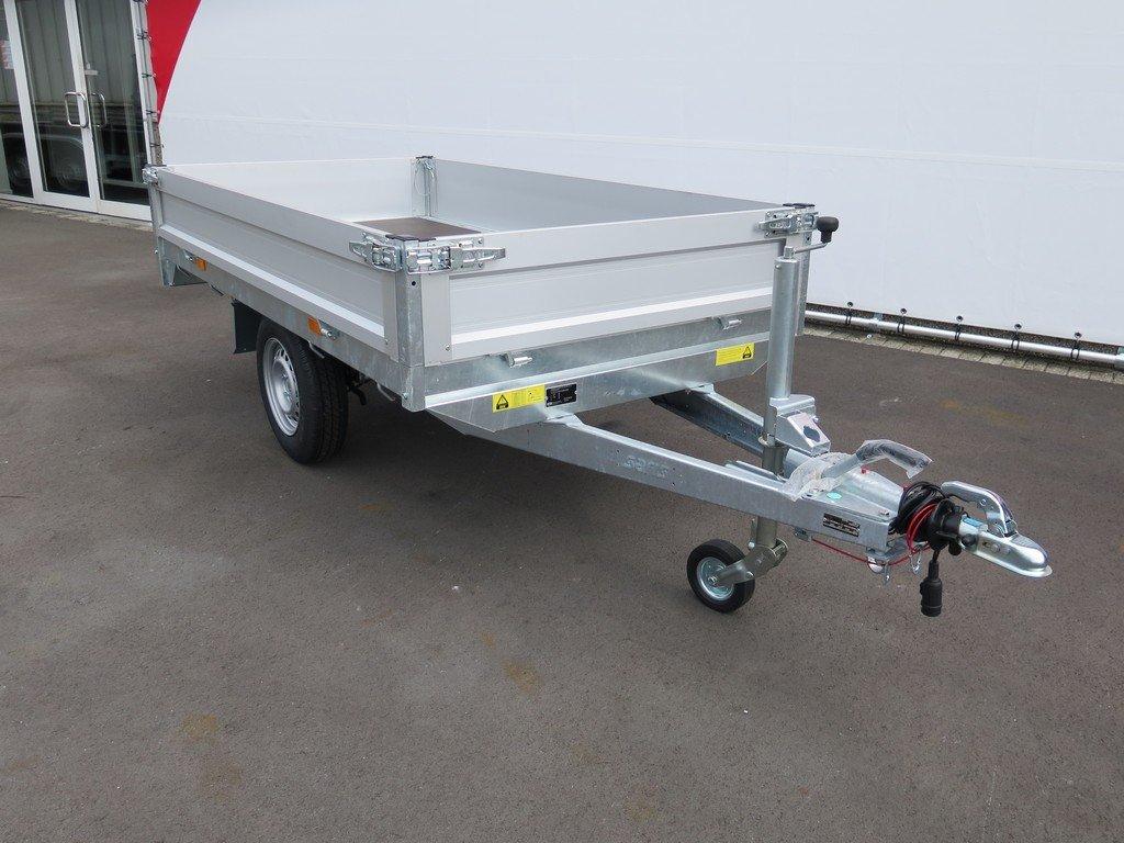 Saris plateauwagen 256x150cm 1500kg Saris plateauwagen 255x135cm 1400kg Aanhangwagens XXL West Brabant 3.0 schuin voor