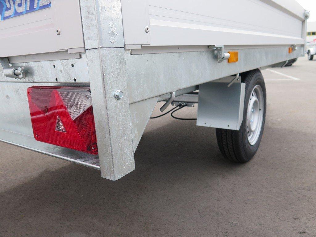 Saris plateauwagen 256x150cm 1500kg Saris plateauwagen 255x135cm 1400kg Aanhangwagens XXL West Brabant 3.0 touwhaken rondom