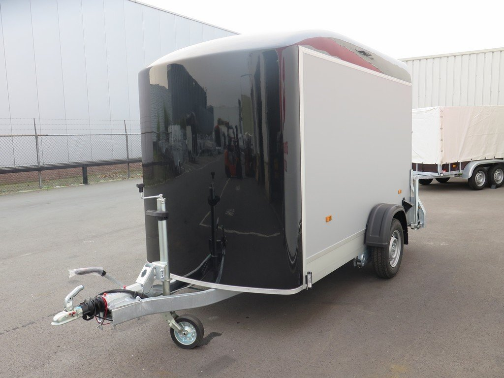 Easyline motortrailer 302x150x195cm 1300kg gesloten Aanhangwagens XXL West Brabant 2.0 overzicht Aanhangwagens XXL West Brabant