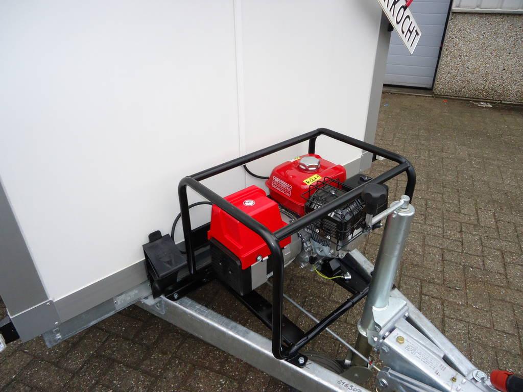 Proline koelaanhanger 300x146x180cm 2500kg met stroomvoorziening Proline koelwagen met stroomvoorziening Aanhangwagens XXL West Brabant zonder kap