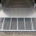 ifor-williams-transporter-met-huif-429x193cm-3500-kg-machinetransporter-aanhangwagens-xxl-west-brabant-klep Aanhangwagens XXL West Brabant