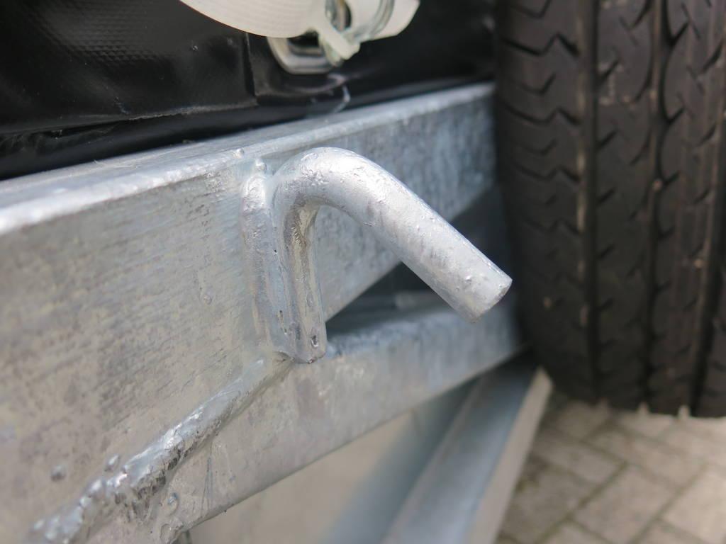 ifor-williams-transporter-met-huif-429x193cm-3500-kg-machinetransporter-aanhangwagens-xxl-west-brabant-touwhaken Aanhangwagens XXL West Brabant