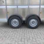 Ifor Williams veetrailer 366x178x183cm klep deur systeem veetrailers Aanhangwagens XXL West Brabant banden Aanhangwagens XXL West Brabant