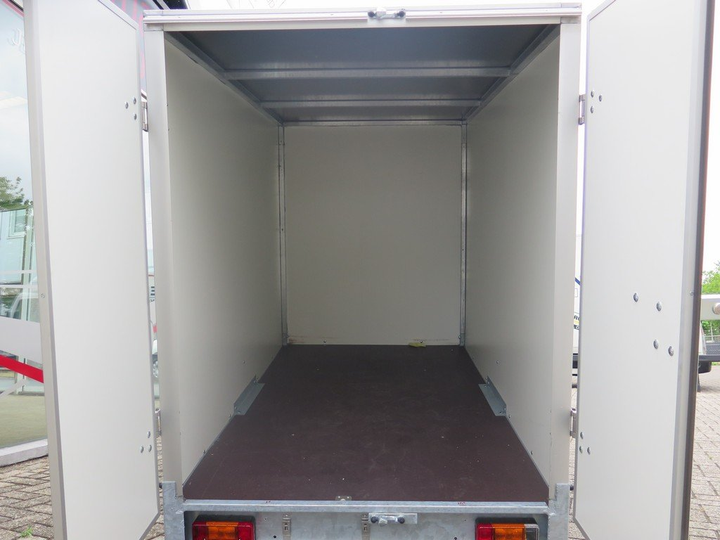 Easyline gesloten aanhanger 200x125x150cm 750kg Aanhangwagens XXL West Brabant achter open Aanhangwagens XXL West Brabant