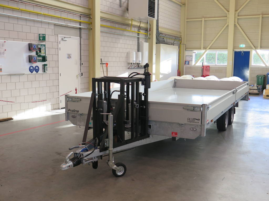 maatwerk-aanhangwagen-met-hydraulisch-neuswiel-612x248cm-3500kg-speciaalbouw-aanhangwagens-xxl-west-brabant-detail