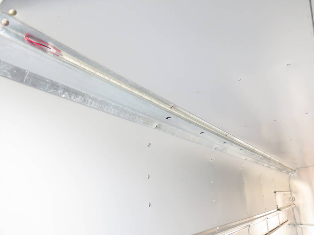 ifor-williams-veetrailer-427x178x213cm-3-as-speciaalbouw-aanhangwagens-xxl-west-brabant-led-verlichting