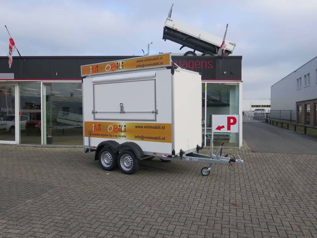 Proline maatwerk verkoopwagen 303x150x200cm 2500kg speciaalbouw Aanhangwagens XXL West Brabant overzicht