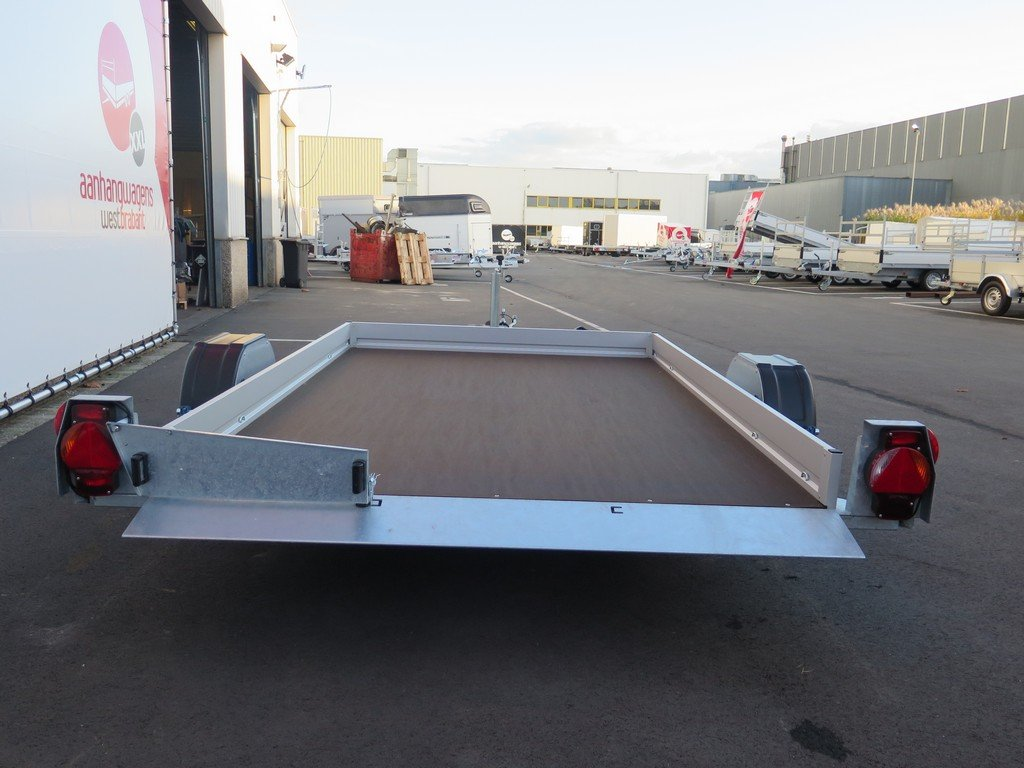 Humbaur autotransporter 280x175cm 1350kg Aanhangwagens XXL West Brabant 2.0 achter vlak Aanhangwagens XXL West Brabant