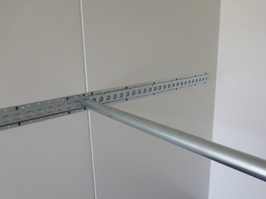 Proline gesloten aanhanger 425x204x230cm 2600kg Aanhangwagens XXL West Brabant cargorails