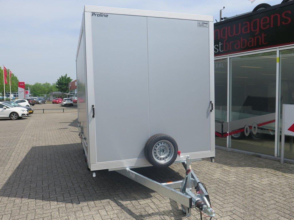 Proline gesloten aanhanger 425x204x230cm 2600kg Aanhangwagens XXL West Brabant voorkant