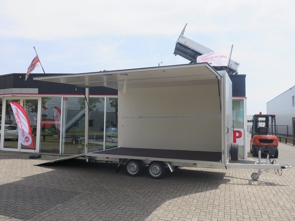 Proline gesloten aanhanger 425x204x230cm 2600kg Aanhangwagens XXL West Brabant zijkant open