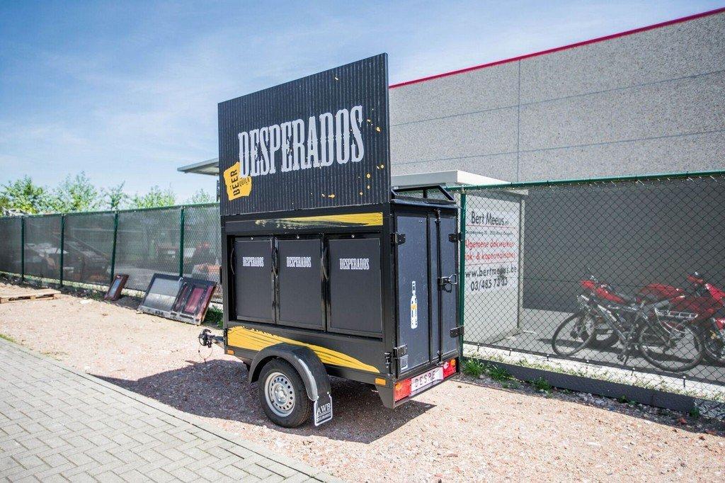 Maatwerk Easyline gesloten evenementenwagen Aanhangwagens XXL West Brabant zijkant