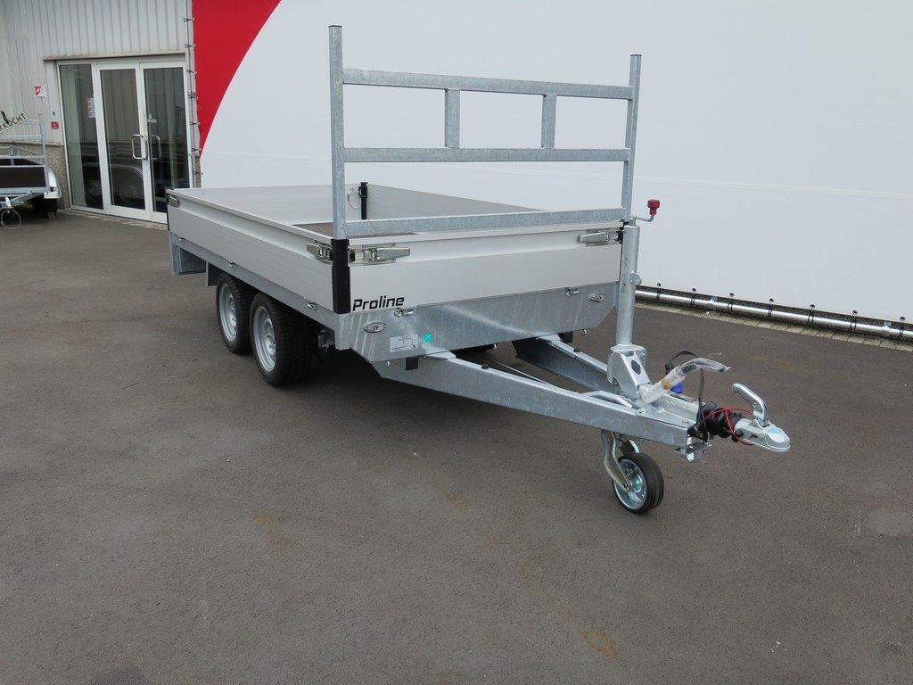 Proline plateauwagen 301x155cm 2850kg Proline plateauwagen 301x155cm 2700kg Aanhangwagens XXL West Brabant 2.0 schuin voor